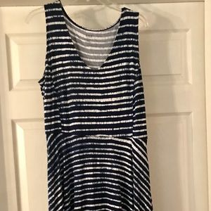 a.n.a Dress Large Navy and White
